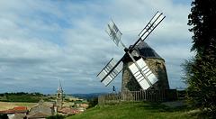 moulin à vent de Lautrec (Tarn)