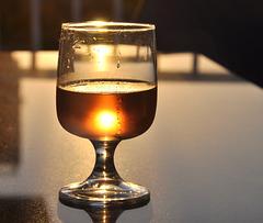 Coucher de soleil dans mon verre de rosé.