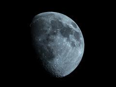 Mond am 22.04.2021