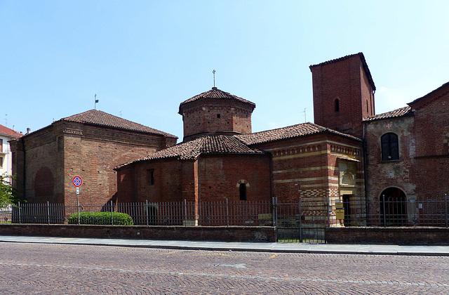 Asti - San Pietro in Consavia