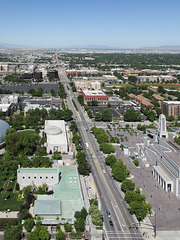 Hilarious view of the Salt Lake City urban experience and a long wide street.