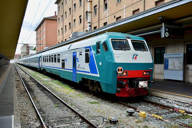 Turin 2017 – Trains at Porta Nuova railway station