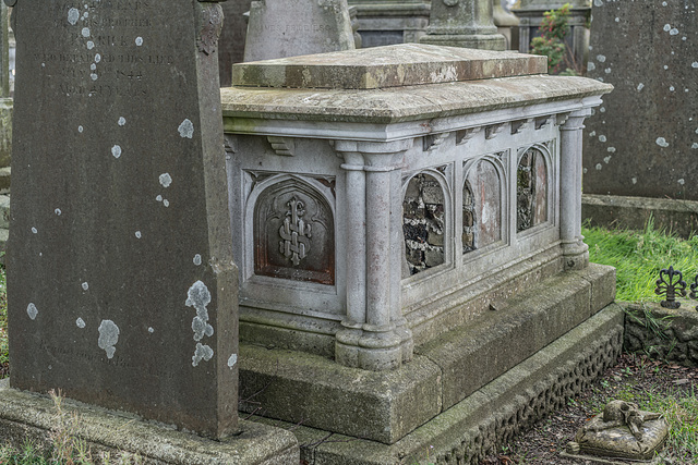 PHOTOGRAPHING OLD GRAVEYARDS CAN BE INTERESTING AND EDUCATIONAL [THIS TIME I USED A SONY SEL 55MM F1.8 FE LENS]-120195