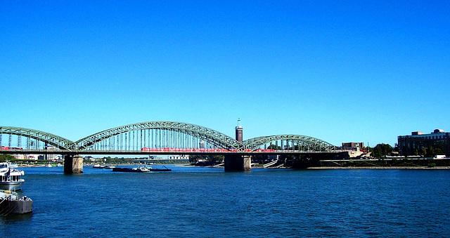 DE - Cologne - Hohenzollern Bridge