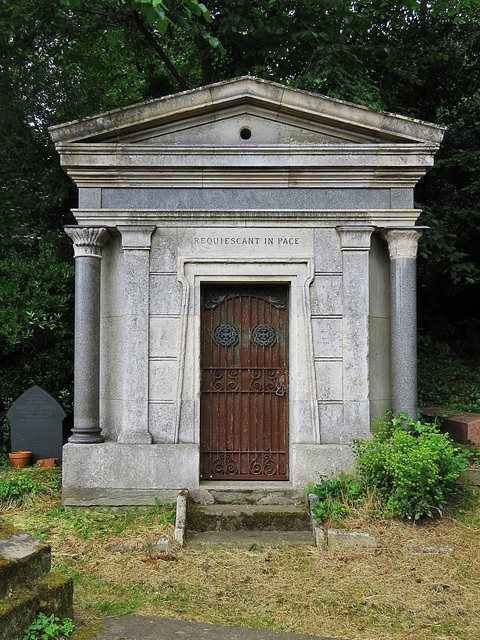 highgate west cemetery. london