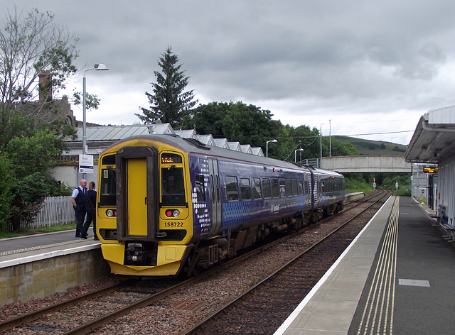 158722, about to leave Dingwall