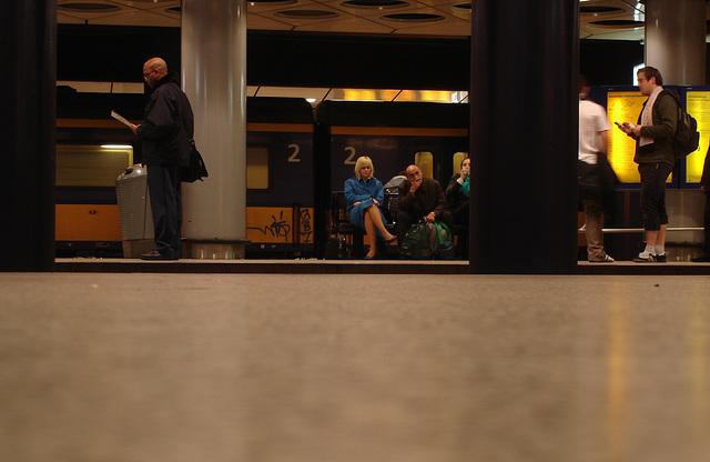KLM crossed legs blonde - Originale