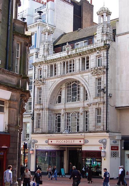 Piccadily Arcade, New Street, Birmingham (Designed by Nichol & Nichol c1910)
