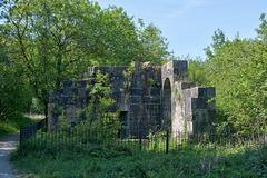 Visions of Park Bridge:  Ye olde pump house.
