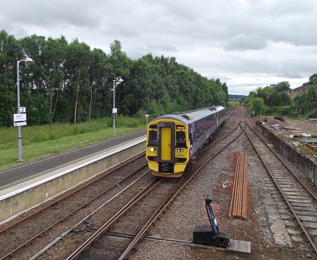 158703 arrives at Dingwall