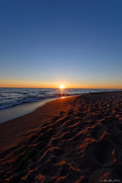 abends am Strand von Klaipeda (© Buelipix)
