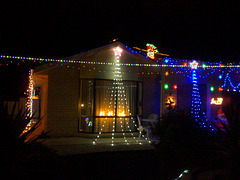 Xmas lights on homes in Canberra 2014