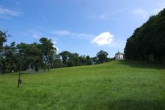 Glinkas Pavillon am Hügel