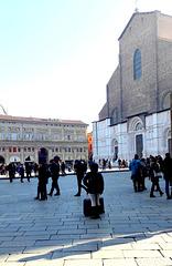 Bologna - Piazza Maggiore in una giornata con una luce bellissima