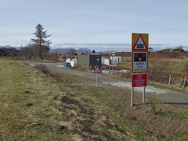 Duirinish crossing - a few of the signs.