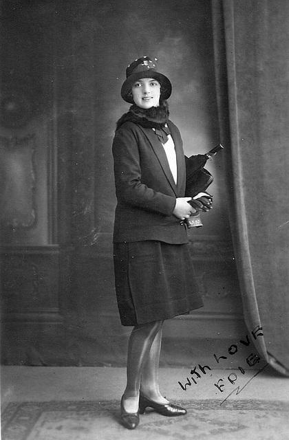 Edith LR Everett - c1925