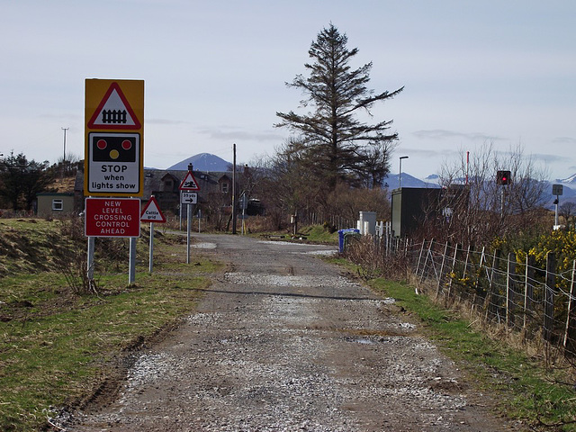 Crossing signs at Duirinish.