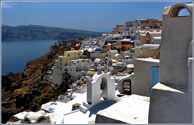 Santorini : panoramica di Oia verso Nord - (994)