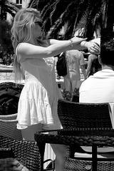 Hvar - crème solaire 3 - le bras gauche