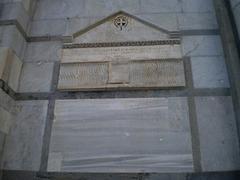Tomb of Buschetto.