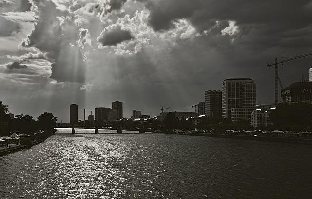 Der Main, die Lebensader Frankfurts - River Main, the lifeline of Frankfurt