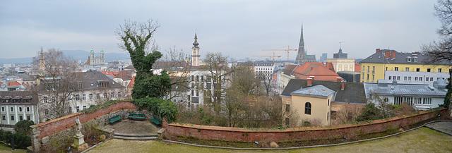 Panorama of Linz from Linzer Schloss