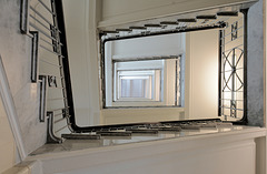 ...und von unten. - Staircase #46/50