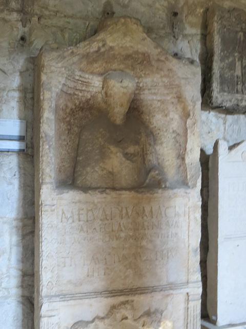 Musée archéologique de Split : CIL III, 2712, p. 2328, 154.