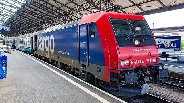 060503 E484-cargo Lsne B