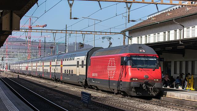 210225 Liestal Re460 IC2000