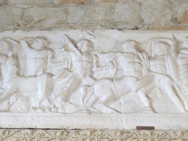Musée archéologique de Split : combat des centaures et des Lapites.