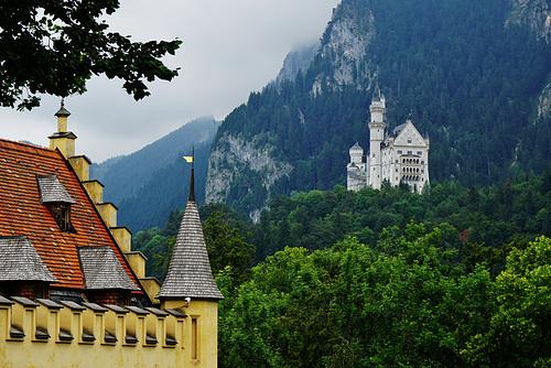 Schloss Hohenschwangau mit Neuschwanstein