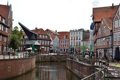 Im alten Stadthafen