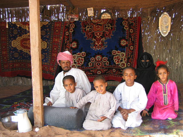 Bedouin family - Wahiba Sands, sultanat d'Oman