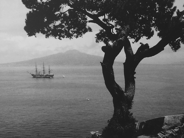 Versuvius and the tall ship.