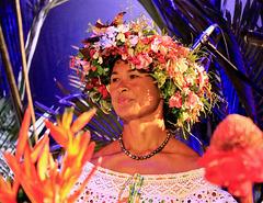 PiP - couronne de fleurs de son jardin