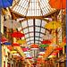 Genova : Un pò di colore in Galleria Mazzini - (930)