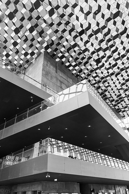 "Harpa - ""the halls form a mountain like massif"""