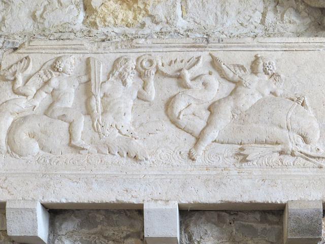 Musée archéologique de Split : tritons.