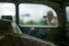 cracked photographer