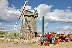 Alt Schwerin: Windmühle und Lokomobile