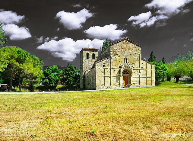 "Pennabilli (RN). Loc: Ponte Messa; Pieve romanica (XII sec.) di San Pietro in Messa.  -  ""St. Peter in Messa"", Romanic Church (XII Century) in Ponte Messa of Pennabilli town."