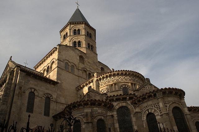 Basilique N.D. du Port à Clermont-Ferrand