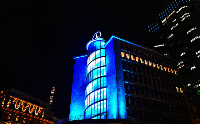 Benz macht Blau