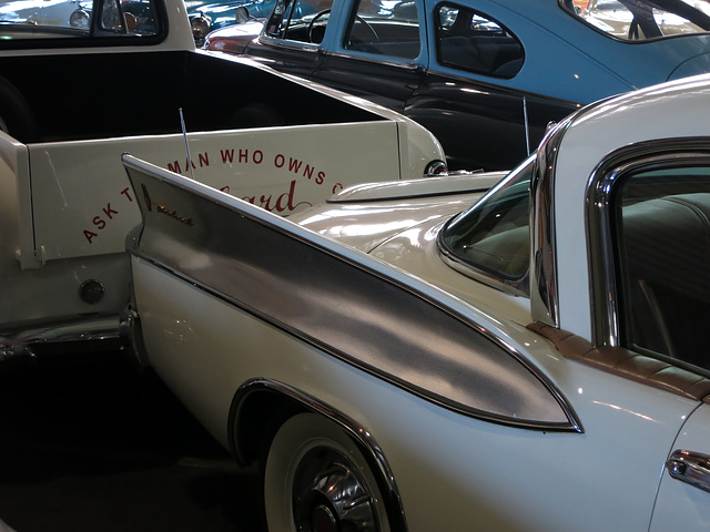 1958 Packard Hawk Fin (0090)
