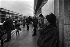 Dame du métro.