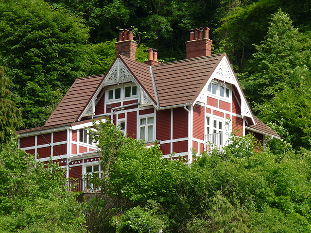 Symonds Yat- Norwegian Chalet
