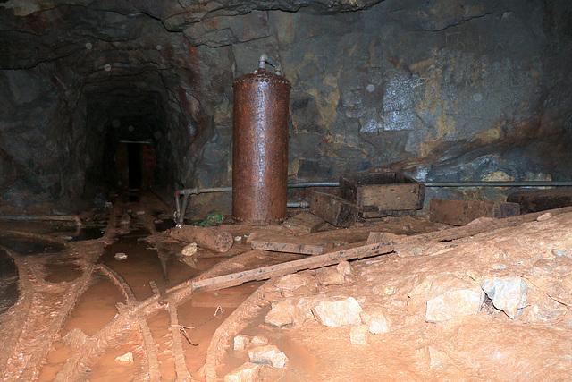 Damon and Pythias Mine