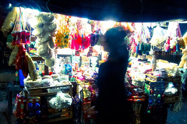 Buying caramelos, Valladolid