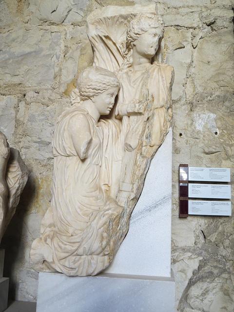 Musée archéologique de Split : fragment de sarcophage, combat d'Amazones ?